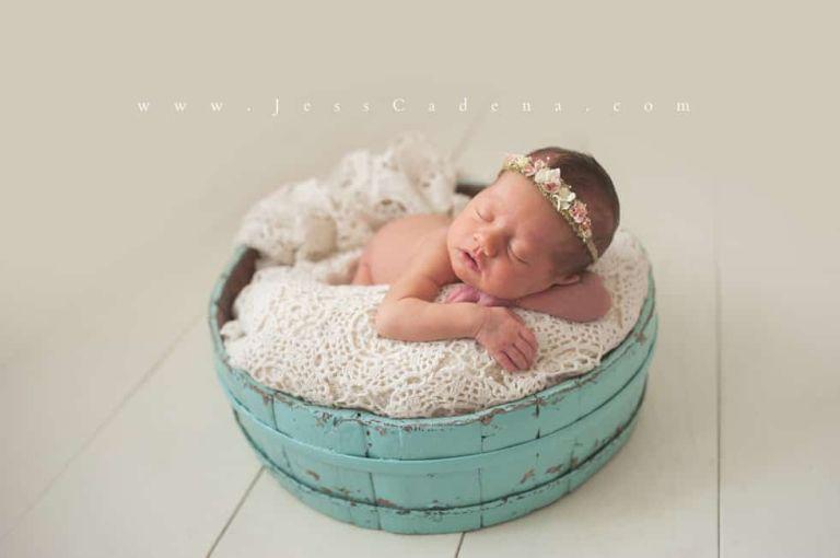 Olivia Bakersfield Newborn Photographer 10