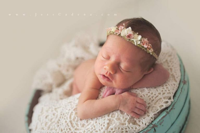 Olivia Bakersfield Newborn Photographer 11